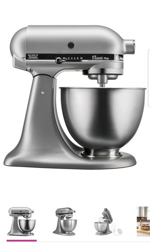 KitchenAid Classic Plus series tilt‑head stand mixer with 4.5‑quart stainless steel mixing bowl for Sale in Clearwater, FL