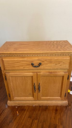 Tv stand/cabinet for Sale in Carmichael, CA