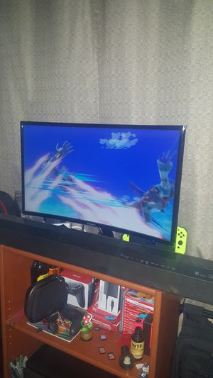 """Samsung 27"""" 1080p curved monitor for Sale in Oakley, CA"""