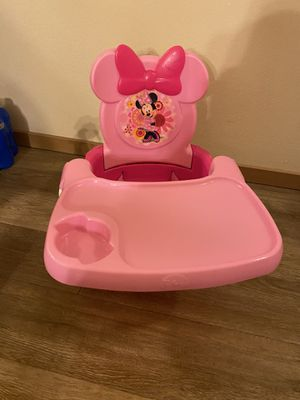 Disney Minnie Mouse booster seat / booster chair !! for Sale in Federal Way, WA