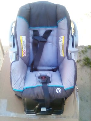Baby trend car seat with base for Sale in US