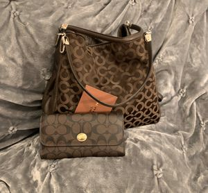 Coach purse and wallet for Sale in New Braunfels, TX