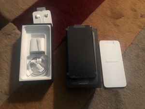 iPhone 11 Max pro for Sale in Takoma Park, MD