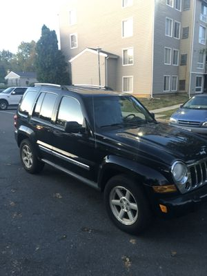 2005 Jeep Liberty limited for Sale in Silver Spring, MD