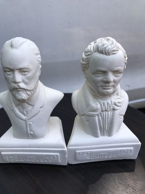 Collectible old statues for Sale in Waterbury, CT