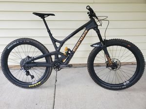 2016 Evil Insurgent size Med with ohlins coil shock for Sale in Tacoma, WA