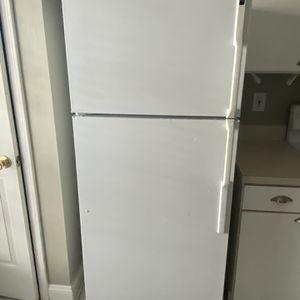 Fridge , Stove, Microwave, Dishwasher for Sale in Jacksonville, FL