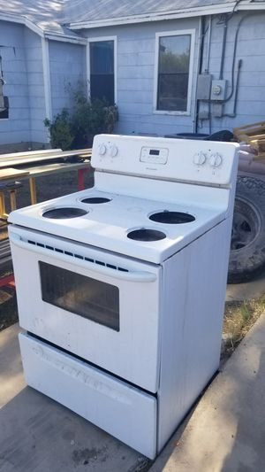 Stove and oven for Sale in San Angelo, TX