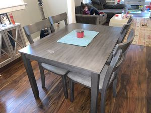Gray table and 4 chairs for Sale in Buffalo, NY