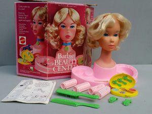 Vintage Barbie Beauty Center for Sale in Stewartsville, NJ
