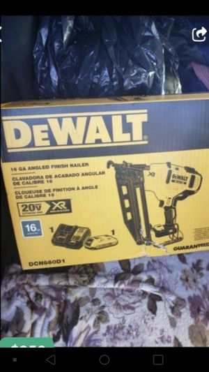 "DEWALT 20V MAX XR BRUSHLESS 16GA 2 1/2"" FINISH NAILER KIT WITH BATTERY AND CHARGER👍💥👍💥👍🐕 for Sale in Torrance, CA"