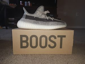 Adidas Yeezy 350 Boost sz 10 for Sale in Columbia, SC