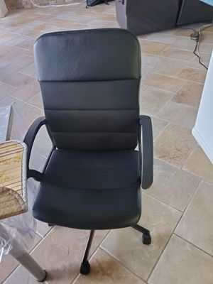 Home office chair for Sale in Pembroke Pines, FL