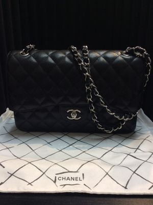 Chanel Double Flap Caviar Leather for Sale in San Diego, CA