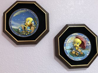 Disney Collection 2 Wall Decoration/plates for Sale in Riverside,  CA