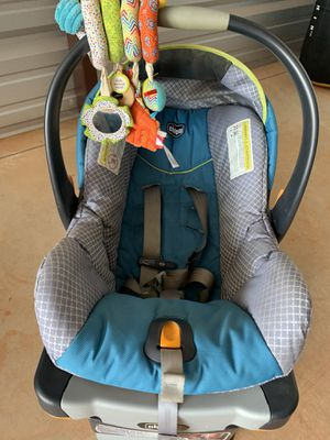 Chicco Infant Car seat for Sale in Yukon, OK