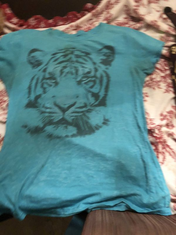 Lot of women's /teens shirts