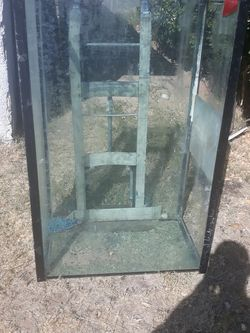 Fish Tank for Sale in Las Vegas,  NV