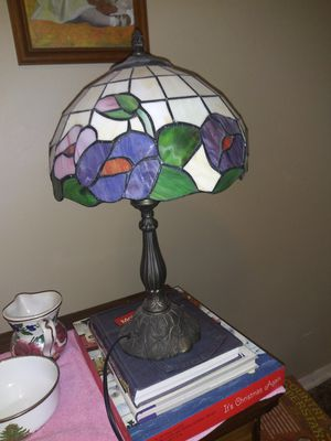 colored antique lamp for Sale in Hutchinson, KS