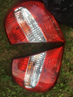 05 Camry Le tail lights for Sale in Rockville, MD