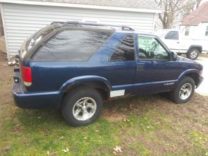 2002 chevy blazer for Sale in Painesville, OH