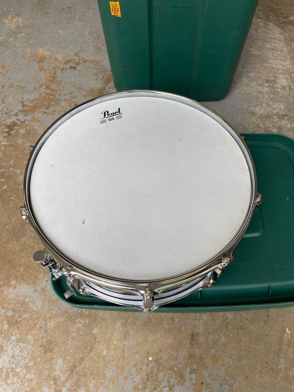 Pearl Snare Drum with stand