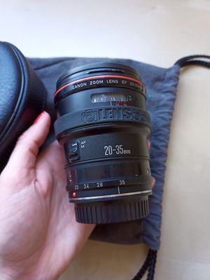 Canon 20-35 mm 2.8 L camera lens for Sale in Playa del Rey, CA