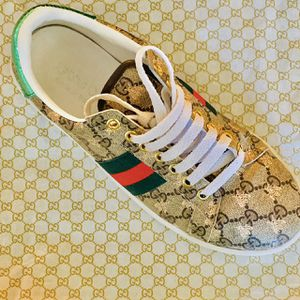 Gucci ace supreme gg gold bees sneakers for Sale in El Paso, TX