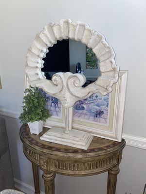Shell home decor for Sale in Sea Ranch Lakes, FL