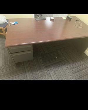 Executive office desk for Sale in Lombard, IL