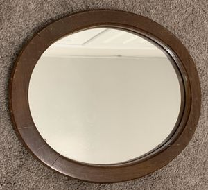 VINTAGE WOOD WALL HANGING OVAL FRAME WITH MIRROR HOME DECOR ACCENT for Sale in Chapel Hill, NC