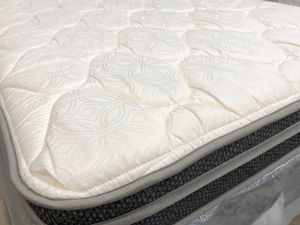 NEVER BEEN USED Queen mattress for Sale in Bismarck, ND