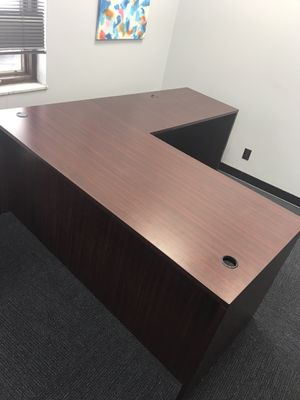 Office furniture for sale all pieces or individual best offer all negotiable all in new condition for Sale in Dearborn Heights, MI