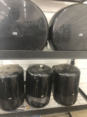 York paper towel and toilet paper dispensers for Sale in Crocker, MO