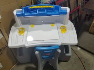 Step2 Deluxe Art Master Kids Desk for Sale in Columbus, OH