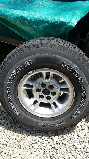 Spare Durango Tire for Sale in Hillsboro, MO