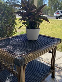 Garden Table/ Plant Stand for Sale in Los Angeles,  CA