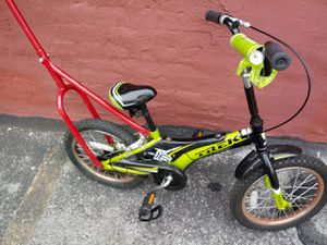 Green trek bike for Sale in Cleveland, OH