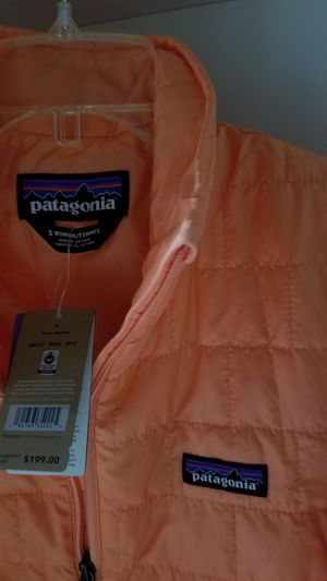 PATAGONIA NANO PUFF JACKET SMALL SIZE BRAND NEW! for Sale in Tacoma, WA