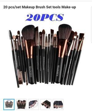 20 pcs/set Makeup Brush Set tools Make-up Toiletry Kit Wool Make Up Brush Set for Sale in Philadelphia, PA