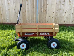 Radio Flyer Steel & Wood Wagon for Sale in Chula Vista, CA