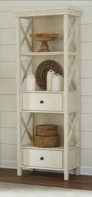 New Bolanburg Antique White Display Cabinet | D647 for Sale in Jessup, MD