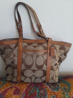 Hand bag/Purse (coach) for Sale in San Diego, CA
