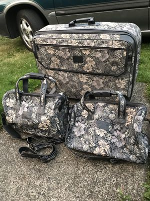 Skyway Villa Floral Luggage 3 Pc Set for Sale in Kent, WA