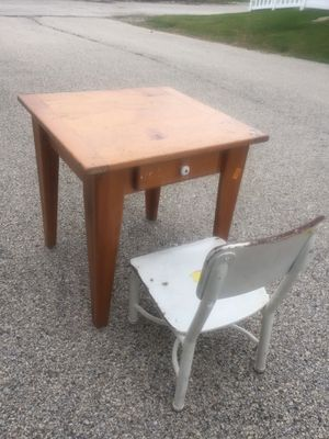 Kids desk and chair for Sale in Highland Park, IL