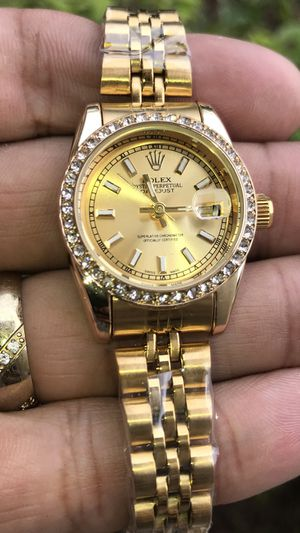 Women's watch for Sale in Kissimmee, FL
