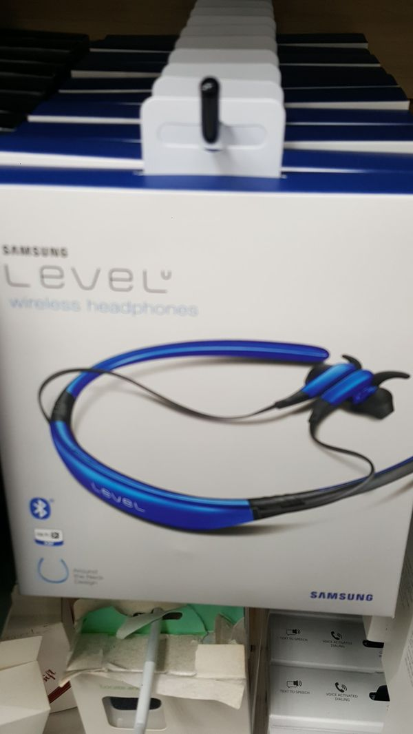 BLUETOOTH HEADSETS FOR SALE INCLUDING LG SAMSUNG PLANTRONICS MOTOROLA ATALAX ULTRA+