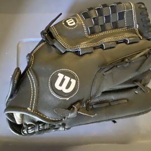 Wilson large softball glove for Sale in Tampa, FL