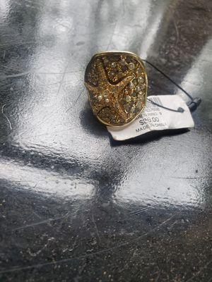 Star fish rinestone ring for Sale in Longbranch, WA