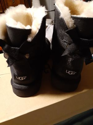 black sparkle bow uggs for Sale in Baltimore, MD